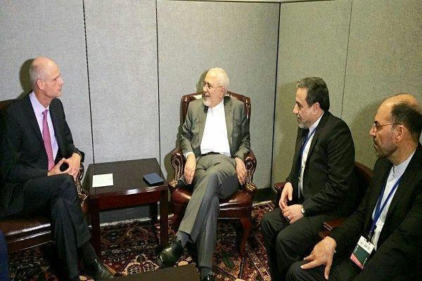 وزرای امور خارجه ایران و هلند دیدار و مصاحبه کردند