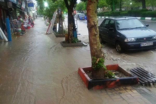 بارش باران سبب آبگرفتگی معابر در برخی مناطق گلستان شد
