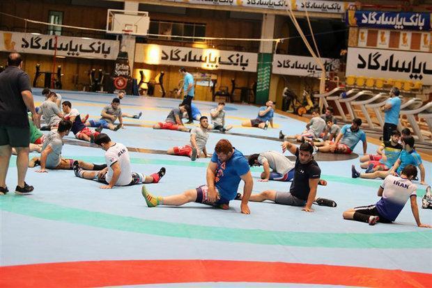 غلامرضا محمدی 30 آزادکار را به اردو فراخواند، مدعیان به خط شدند