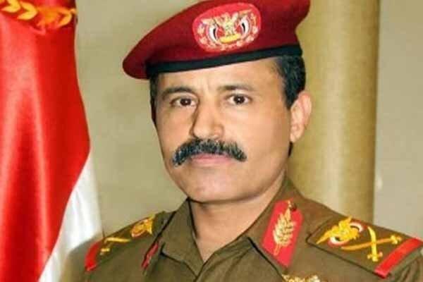 هشدار وزیر دفاع یمن: درس سختی به متجاوزان خواهیم داد