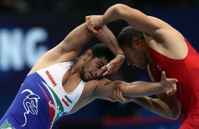 کشتی آزاد ایران در بازیهای آسیایی 2018، چشم کاروان به ورزش اول