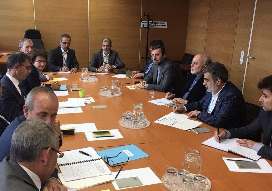 رایزنی ایران و فرانسه درباره توسعه همکاری های اتمی