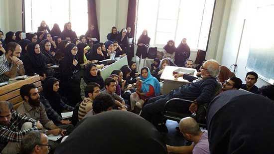 یک روز در کلاس استاد شفیعی کدکنی؛ شلوغ ترین کلاس دنیا!