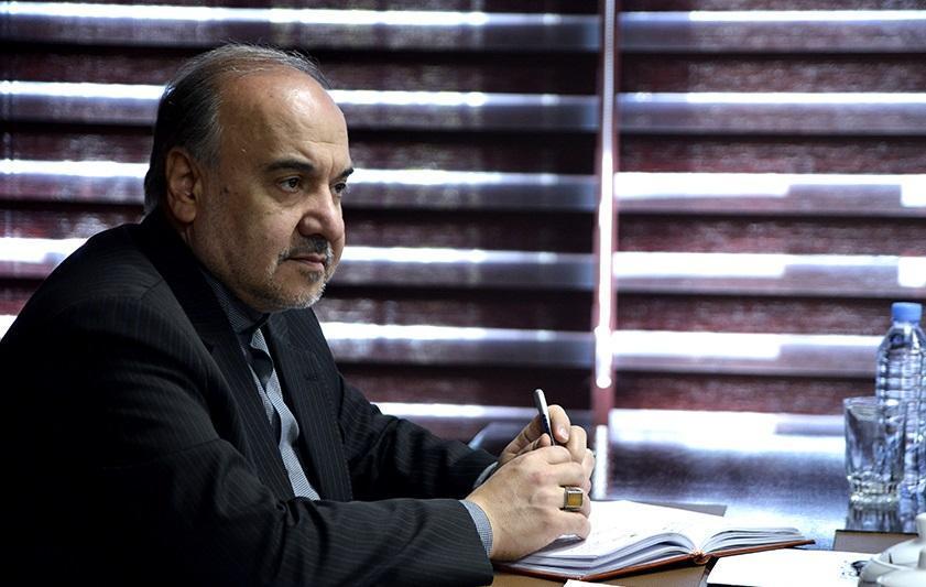 وزیر ورزش: حق پخش جزو دارایی استقلال و پرسپولیس است، اراده ای در صداوسیما نیست