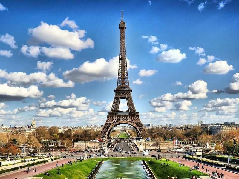 سفر ی ارزان به شهر پاریس
