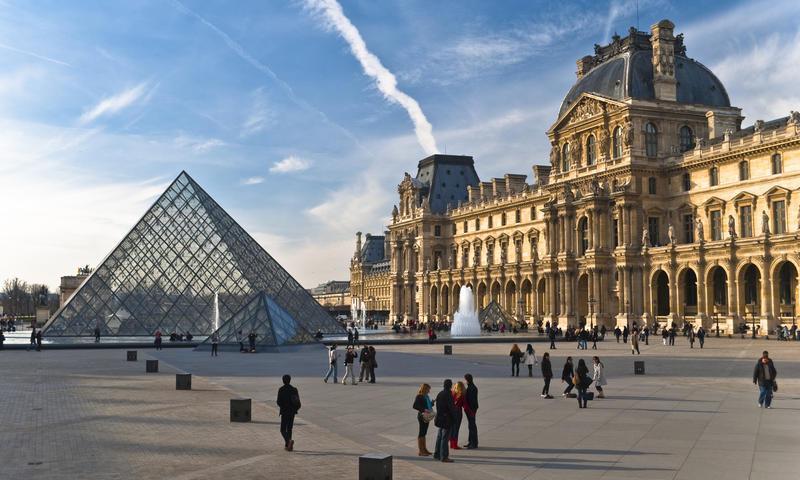 یک برنامه سفر 4 روزه به شهر پاریس