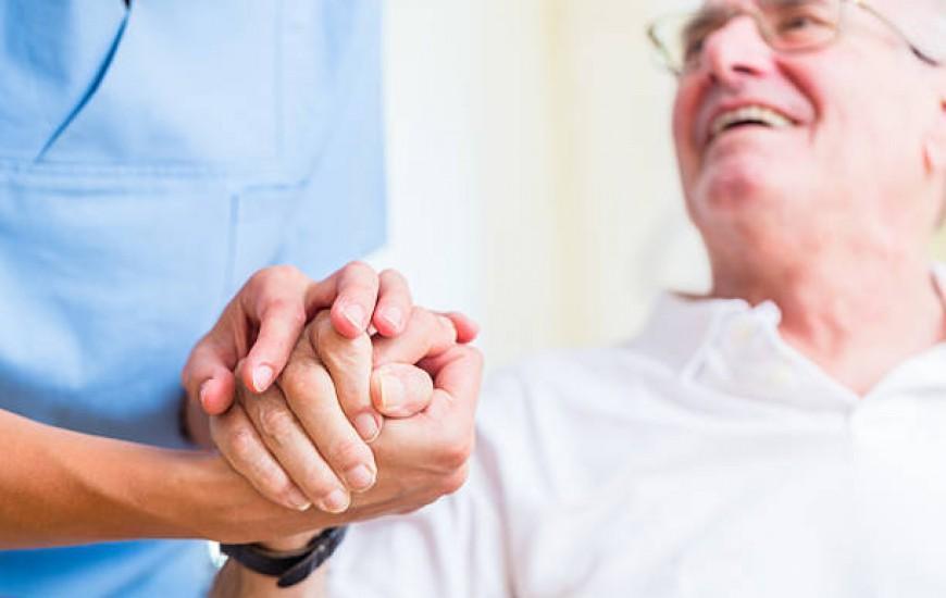 رعایت اخلاق پزشکی باعث بهبود روابط بین پزشک و بیمار می گردد، تدوین راهنمای عمومی اخلاق حرفه ای در نظام پزشکی
