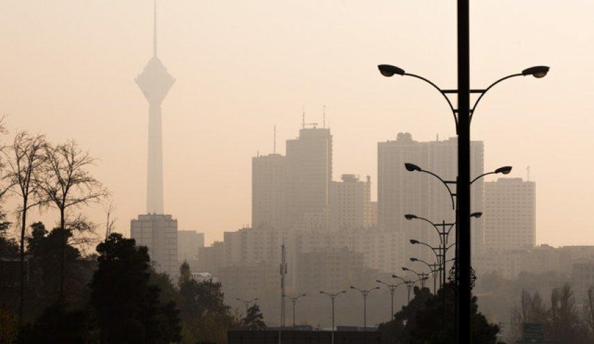 طرح کاهش آلودگی هوا نمره منفی گرفته است، شهرداری باید به سمت درآمد های پایدار حرکت کند