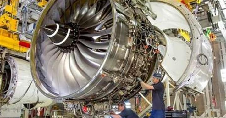 تعمیر موتور هواپیما های مسافری در داخل کشور محقق شد