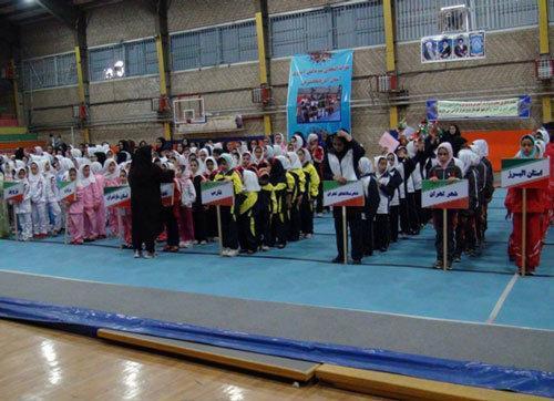 سالن های استاندارد ملی و آسیایی تبریز میزبان مسابقات دانش آموزان