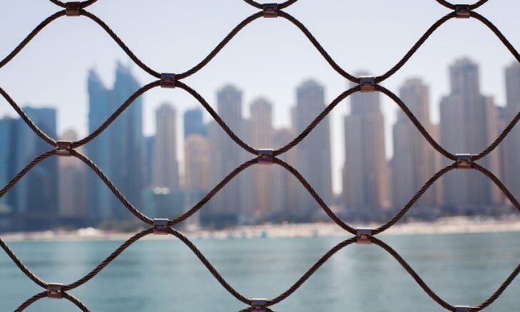 خبرنگاران سازمان حقوق بشری: امارات به رغم بدرفتاری با زندانیان متحد قوی غربی ها است