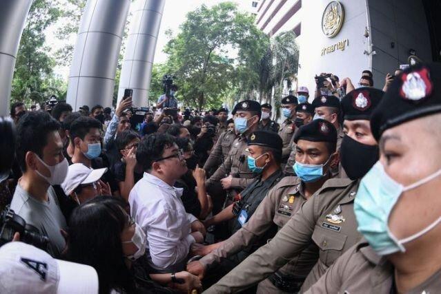 تجمع معترضان تایلندی برای آزادی 2 فعال ضد دولتی