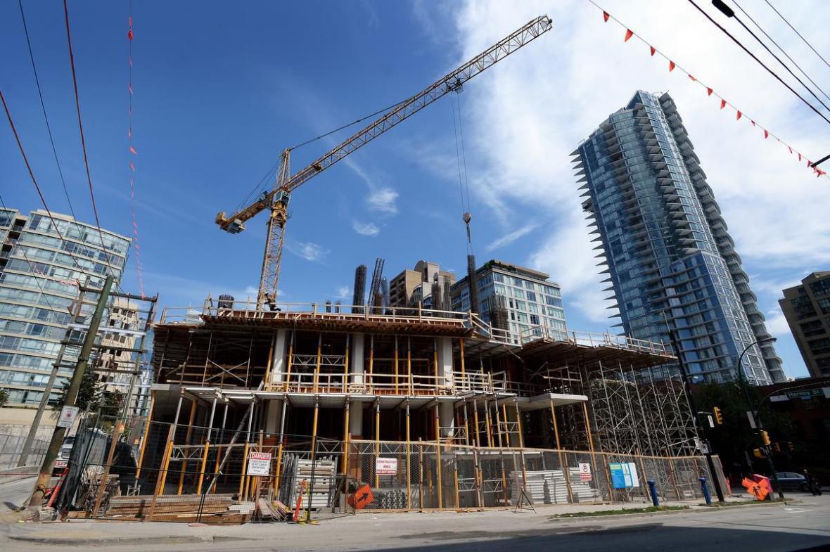سرمایه گذاری در ساخت و ساز املاک مسکونی کانادا بیش از 21 درصد کاهش یافت
