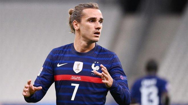حمایت کاپیتان فرانسه از ستاره تحت فشار بارسلونا