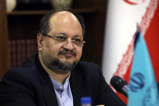 شریعتمداری: 52 درصد از وام های بانکی در تهران پرداخت می شود