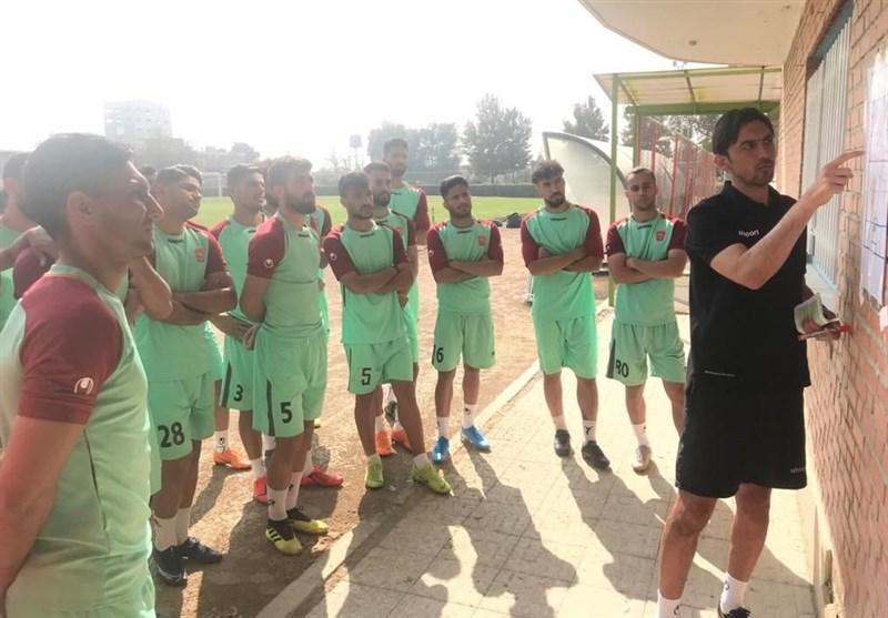 بازی با عناوین در لیگ برتر فوتبال ایران، وقتی مربی، سرمربی و سرمربی، مدیر می گردد!