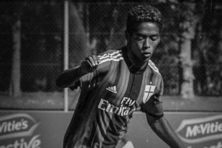 خودکشی بازیکن فوتبال به خاطر نژادپرستی